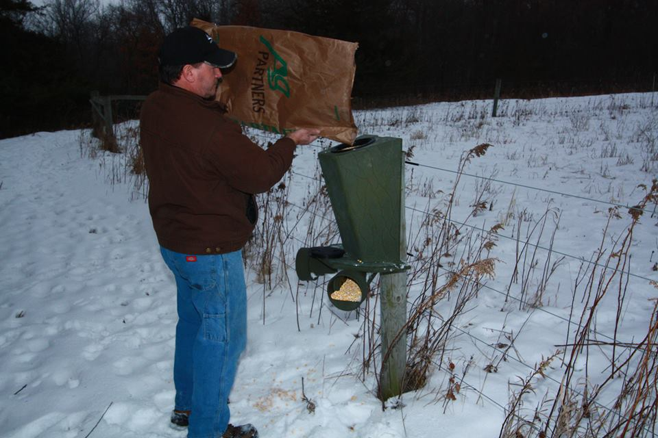 Choosing the best deer feeder for your needs comes down to how many deer are on your property.