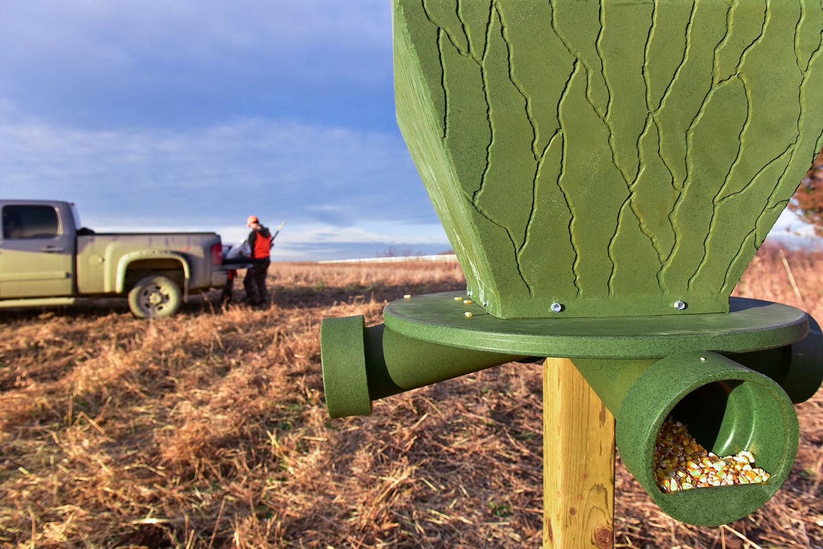 Deer Hunting Blinds Amp Deer Feeders Banks Outdoors